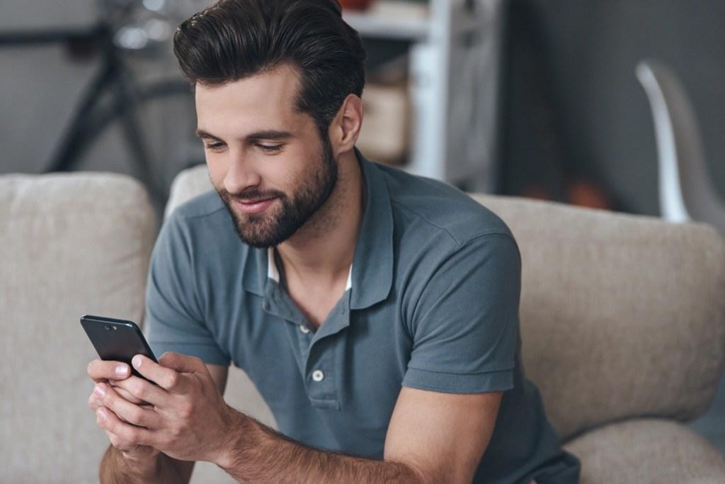 chattare su whatsapp marito tradisce